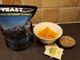 Dette er det som gjør en wit til en wit. Hvetegjær, appelsin zest, kamille og korianderfrø.